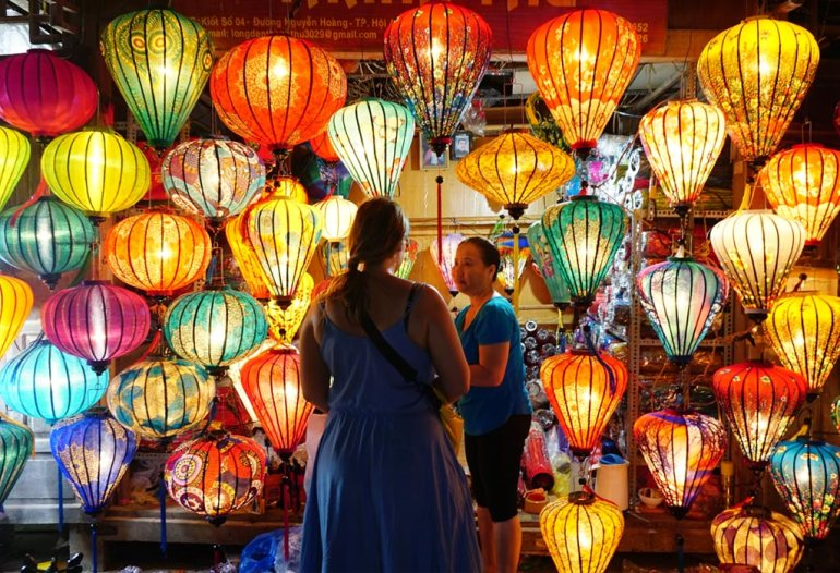 Lantern shop in Hoi An night market